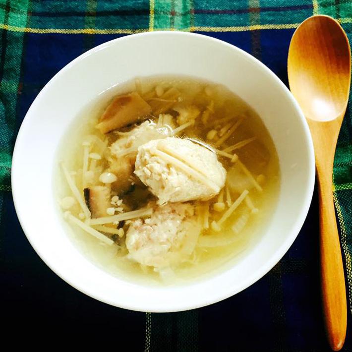 塩みかん鶏団子とキノコのスープ 青みかん